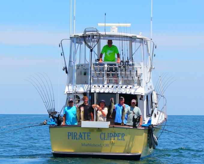 lake erie fishing charters 100 5 star rated for 10 years
